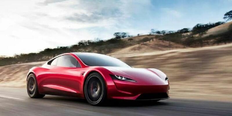 Tesla sürücüsüz araç alanında çok ilerledi