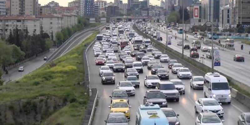 Anadolu Yakası'nda yoğun trafik havadan görüntülendi