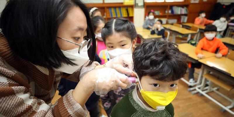 Çocuklarla ilgili endişelendiren şüphe! Koronavirüsle bağlantılı olabilir