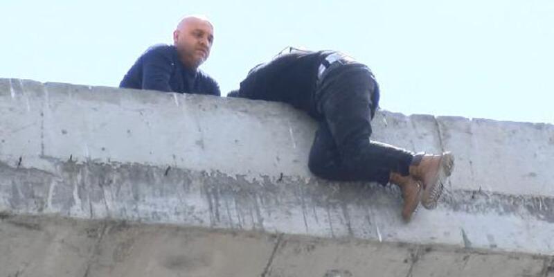 Binanın 7. katına çıkıp intihara kalkıştı