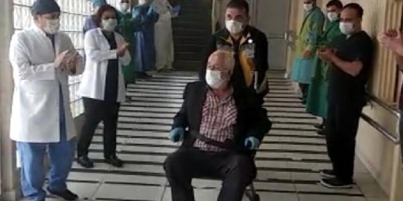 72 yaşında virüsü yendi, alkışlarla taburcu edildi