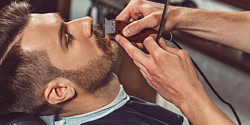 Makyaj ve sakal tıraşı için virüs riski uyarısı