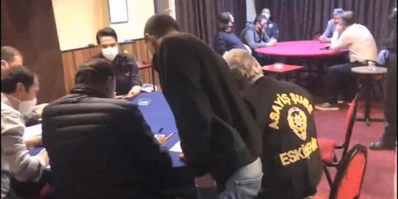 Kumar oynarken yakalanan 17 kişiye 53 bin lira ceza