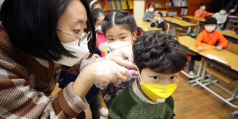 Vuhanlı doktordan çocuklarla ilgili açıklama: Koronavirüs belirtisi olabilir