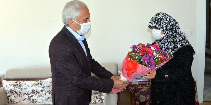 Cumhurbaşkanı'nın teşekkür ettiği kadın, dayanışma kampanyasına yüzüğünü göndermiş