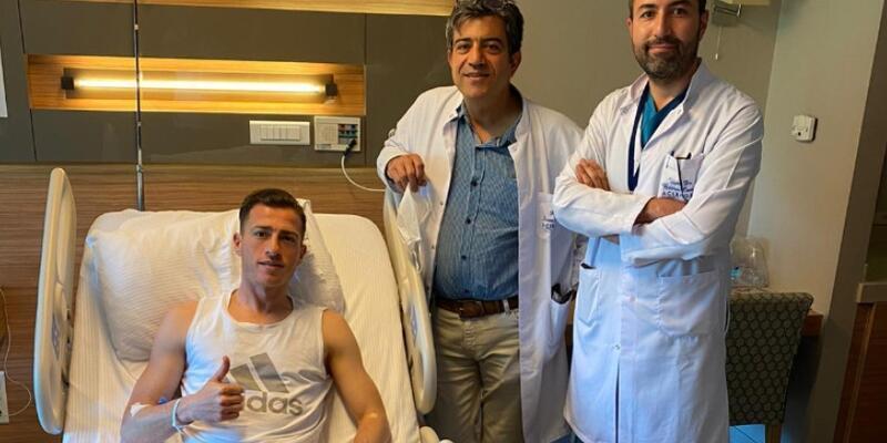 Hakan Arslan menisküs ameliyatı oldu