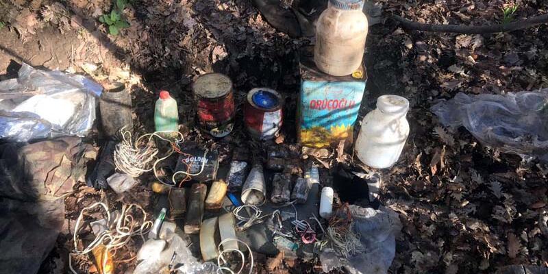 Bitlis'te EYP, TNT, plastik patlayıcı ile fünye ve fitil ele geçirildi