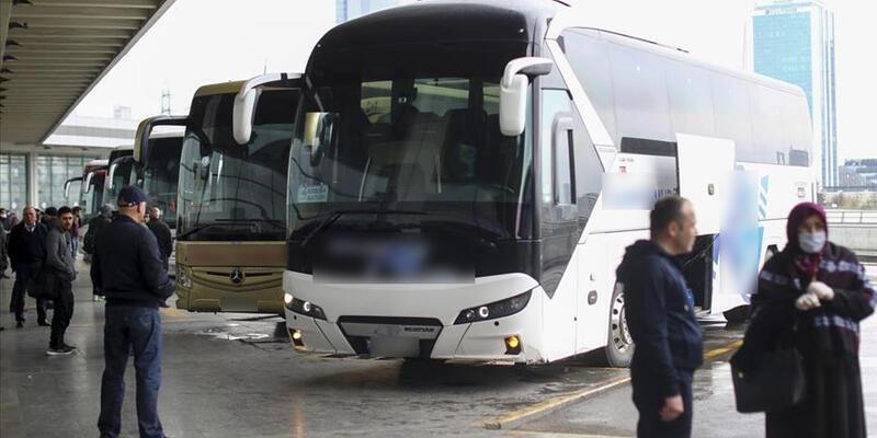 Bakan Karaismailoğlu'ndan otobüs seyahatleri ile ilgili açıklama
