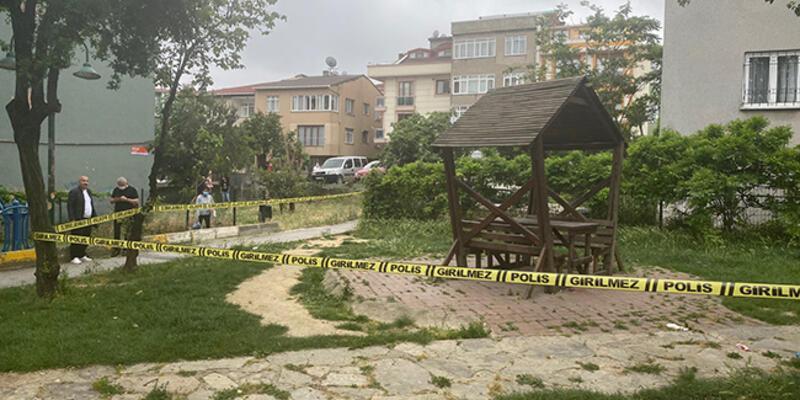 Son dakika! İstanbul'da parkta dehşet... Tartıştığı oğlunu öldürdü