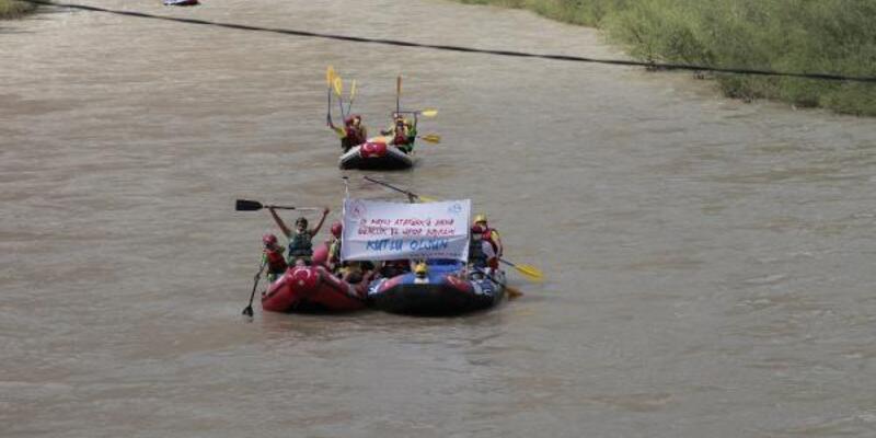 Zap Nehri'nde rafting yaptılar