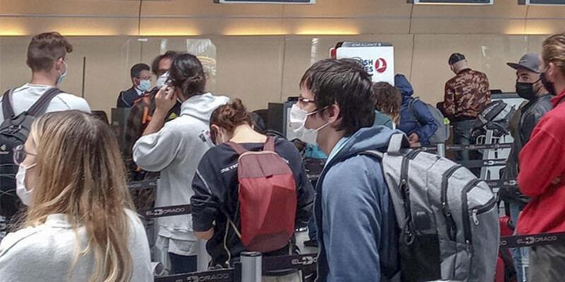 Kolombiya ve Peru'da kalan 84 Türk vatan yolunda