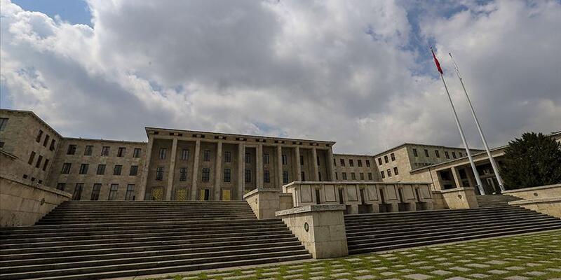 TBMM'de ziyaretçi yasağı 30 Haziran'a kadar uzatıldı