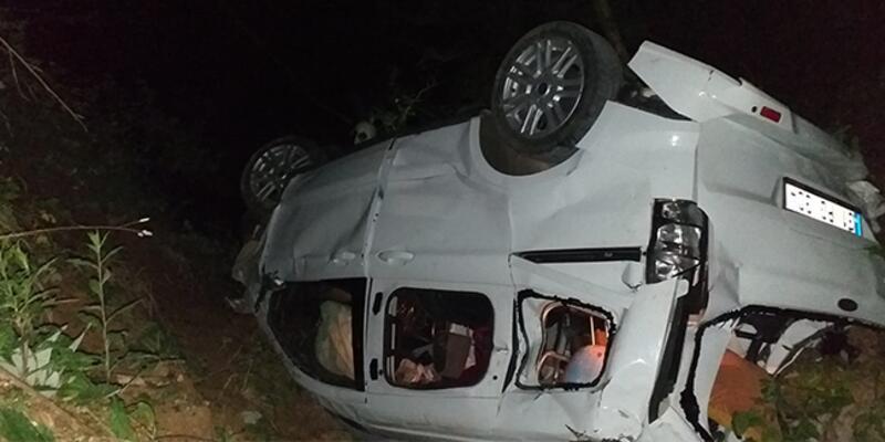 Kontrolü kaybeden otomobil uçuruma yuvarlandı: Çok sayıda ölü ve yaralı var