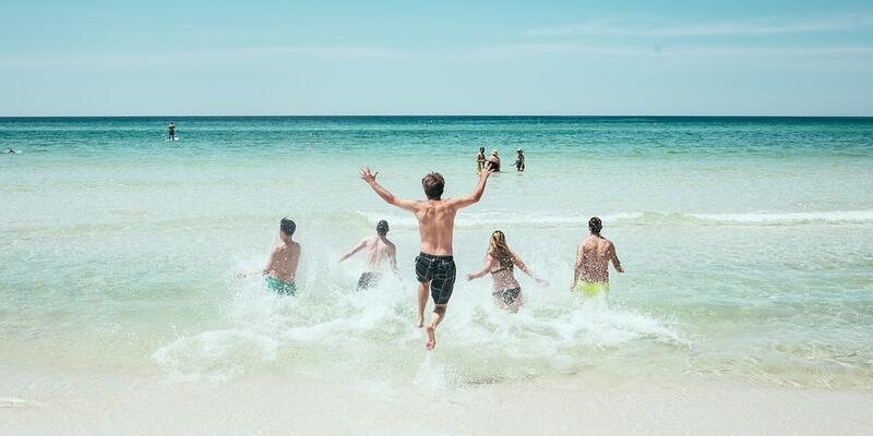 Tatilcilere 'sosyal mesafe' uyarısı