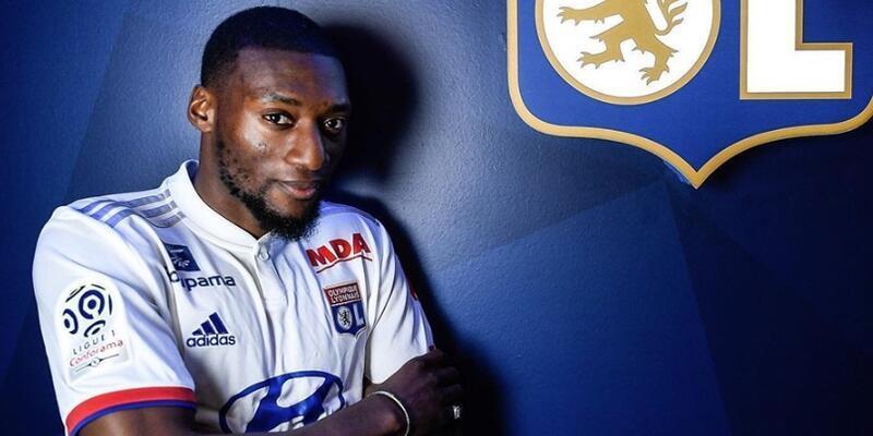 Lyon Ekambi'yi bonservisiyle kadrosuna kattı