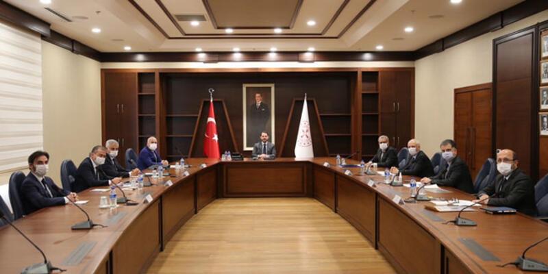 Bakan Albayrak bazı bankaların genel müdürleriyle görüştü