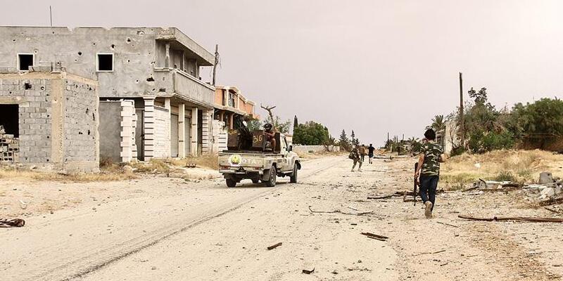 Son dakika... Libya'da Hafter'e büyük darbe!