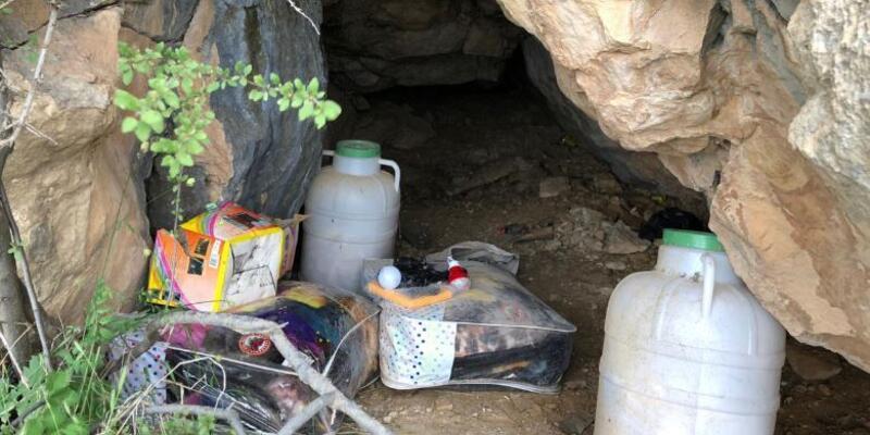 Siirt'te PKK'lı teröristlere ait yaşam malzemesi ele geçirildi
