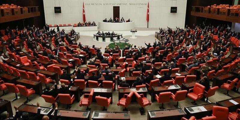 Yeni yargı paketi TBMM Adalet Komisyonunda kabul edildi