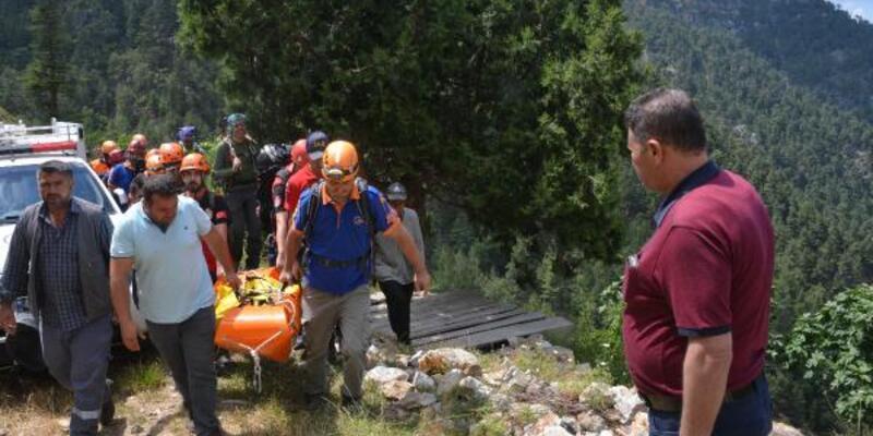 450 metre yükseklikten düşen amatör dağcı öldü