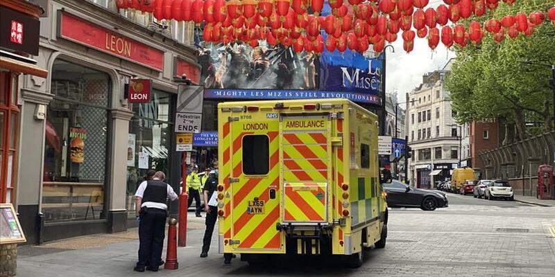 İngiltere'de son 24 saatte 357 ölüm