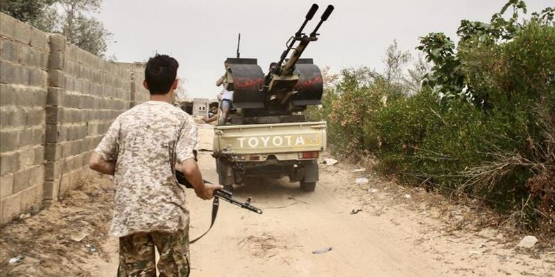 Libya ordusu Sirte'nin batısındaki Vişke beldesinde kontrolü sağladı