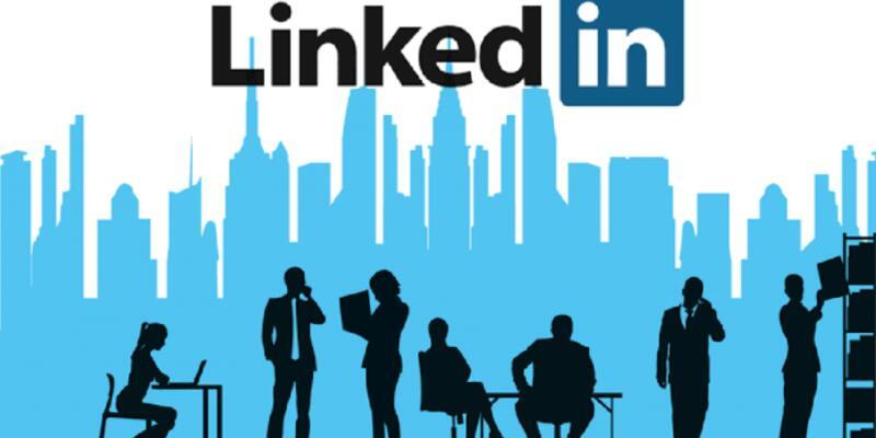 LinkedIn siyasi karar aldı