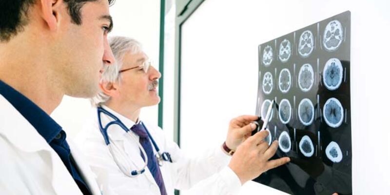 Beyin pili ameliyatında yaş sınırı var mı?