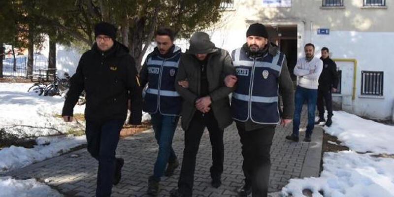 Hülya Avşar'ın evini de soymuştu, 'Binbir surat' cezaevinde öldü