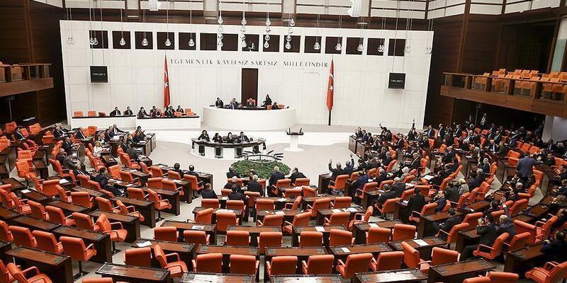 Salgından bu yana Meclis'te 10 kişi koronaya yakalandı