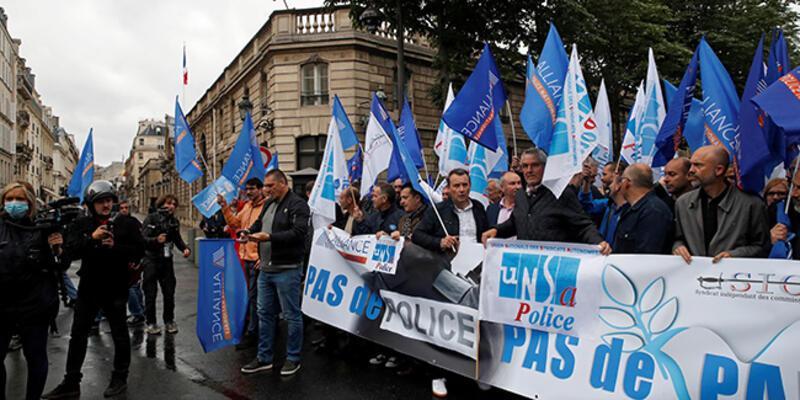 Fransa'da gözaltı sırasında boğma tekniği kullanılmayacak kararı polisi sokağa döktü
