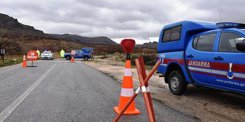 Bayburt'ta bir köy koronavirüs nedeniyle karantinaya alındı