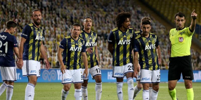 Emre Belözoğlu: Futbolu bırakacağım