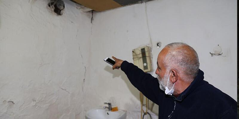 Erzurum'un Çat ilçesindeki bazı evlerde hasar oluştu