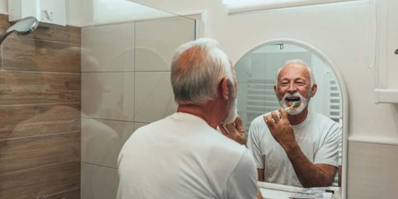 Yaşlılıkta da ağız hijyeni önemli