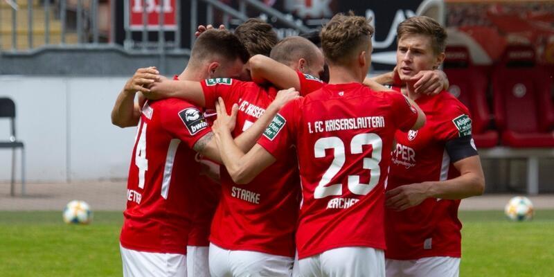 Kaiserslautern iflas etti