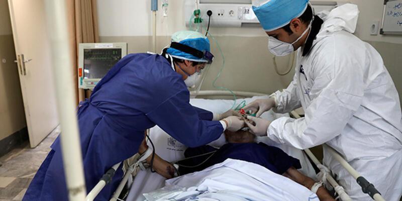 İran Sağlık Bakanlığı Kovid-19 vakalarının yüksek olduğu yerlerde yeniden kısıtlama istiyor