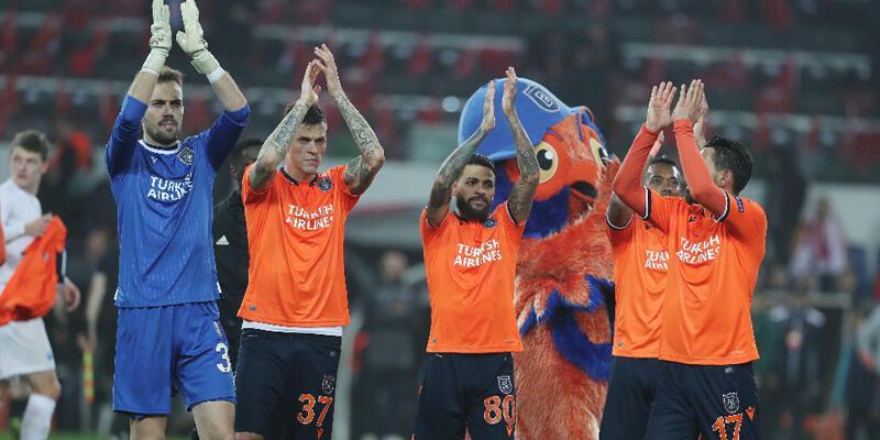 Başakşehir iki maçta Avrupa Ligi finaline kalabilir