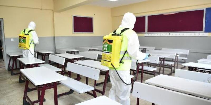 Sınavlar öncesinde okullar dezenfekte edildi