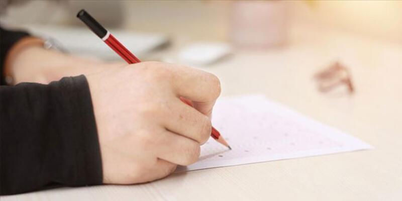 Hazirandaki sorumluluk sınavlarına sadece 12'inci sınıflardan isteyen öğrenciler girecek