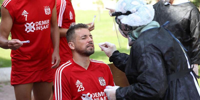 Sivasspor'da 6. kez Kovid-19 testi yapıldı
