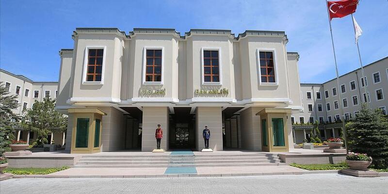 Erdek Belediye Başkanı Hüseyin Sarı görevinden uzaklaştırıldı