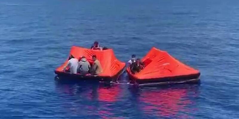 Yunan güvenlik güçlerince Türk kara sularına bırakılan 36 düzensiz göçmen kurtarıldı