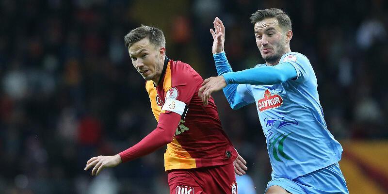 Fenerbahçe'ye transfer cevabı: Galatasaray'la anlaştım