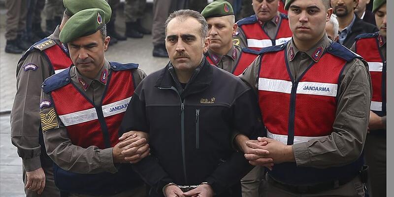 Son dakika... Eski TEM Daire Başkanı Turgut Aslan'ı başından vuran darbeci eski Albay Erkan'a ceza yağdı