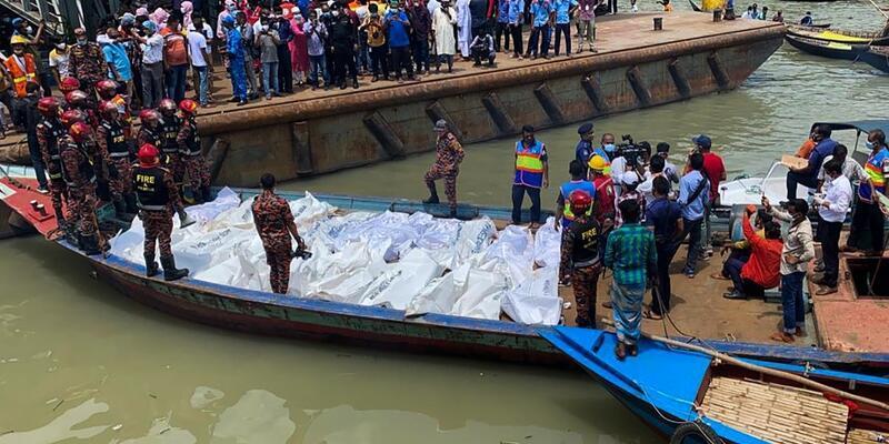 Bangladeş'te katliam gibi feribot kazası: En az 25 ölü