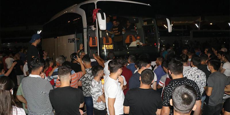 İstanbul Valiliği'nden asker uğurlaması uyarısı
