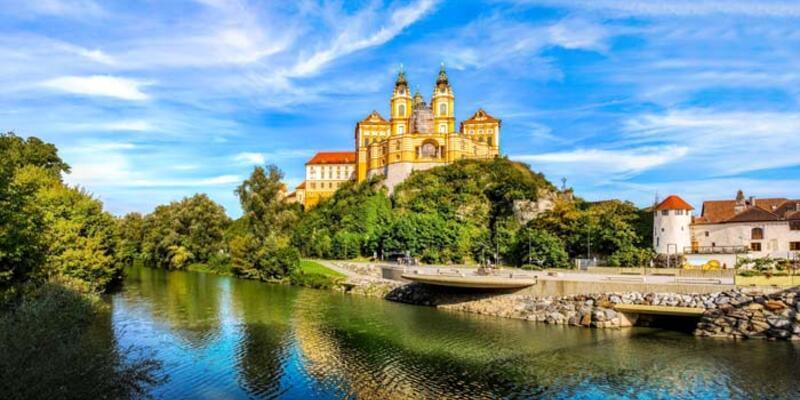 Avusturya vizesi nasıl alınır? Başvuru için gerekli evraklar ve belgeler neler?