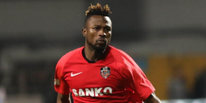 Patrick Twumasi kulübü terk etti