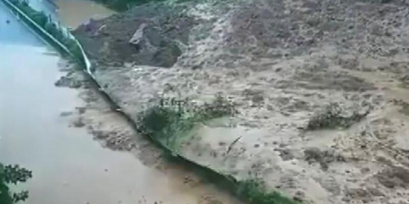 Çin'de sel felaketinde 7. gün: Binalar sel sularına teslim oldu